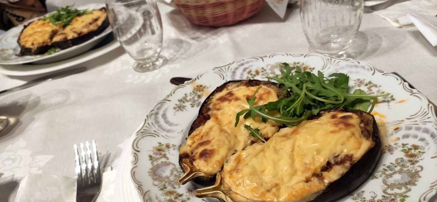 Dámská večeře